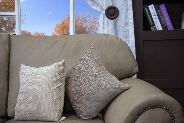 Safari 2 Division Couch (3)