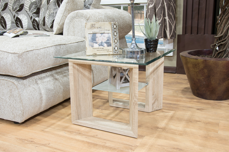 Angal-Side-table
