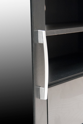 New-York-Plasma-TV-Stand-handle