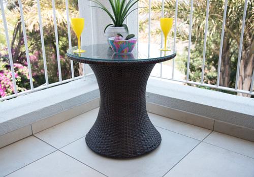 3-Piece-garden-Set-table3