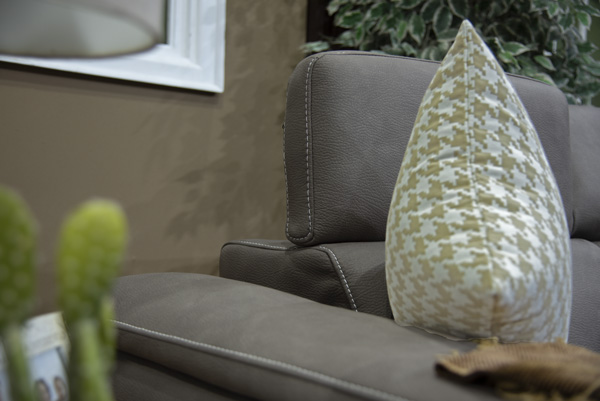 Vanuza Corner Sleeper Couch (3)
